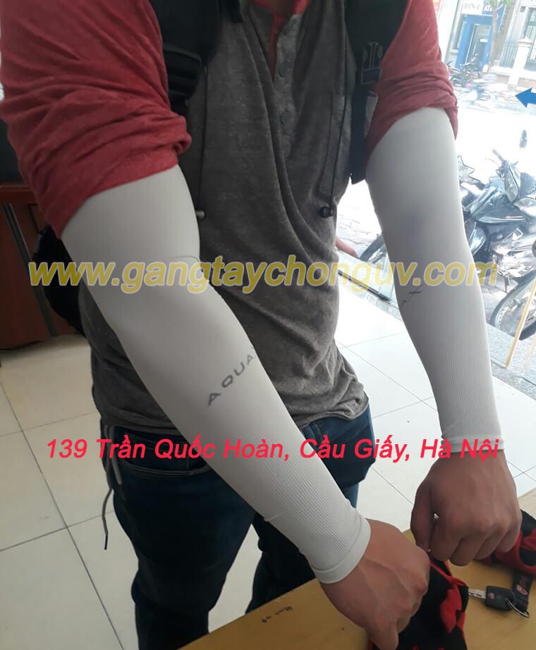 Găng tay chống nắng thể thao nam màu xám