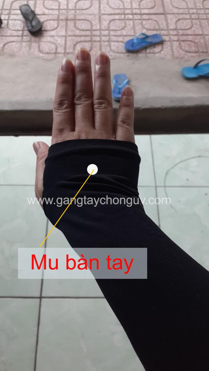 Găng tay chống nắng xỏ ngón cho Nam che mu bàn tay